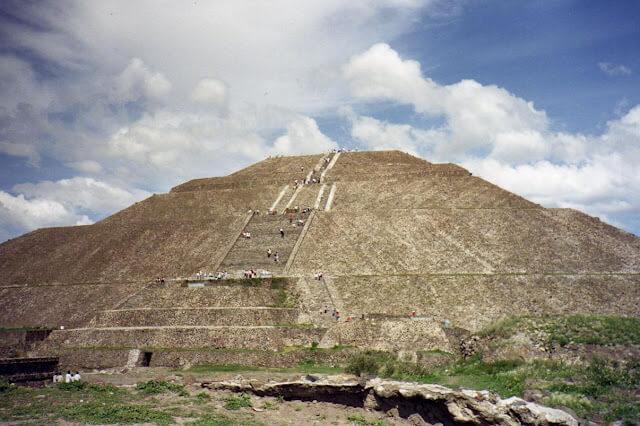 mexiko teotihuacan-sonnenpyramide
