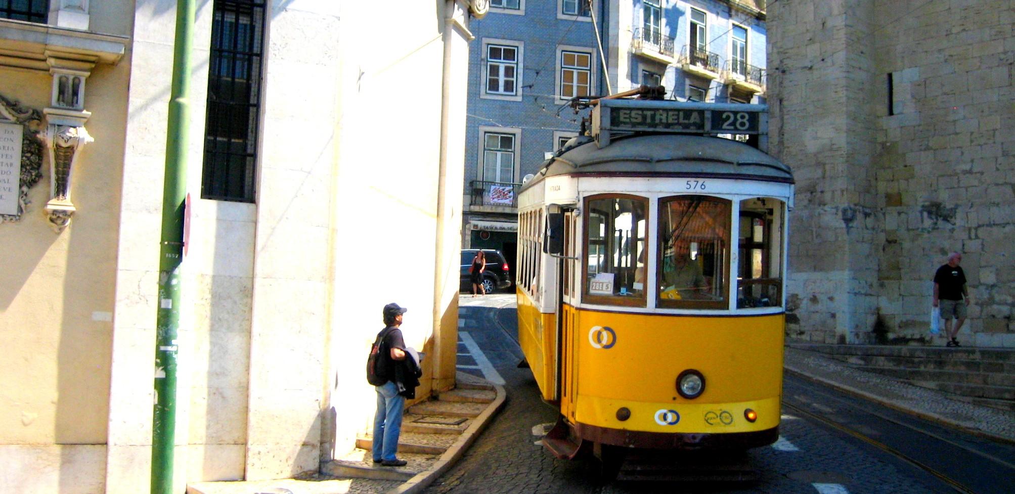lissabon-tram-Portugal_ 042