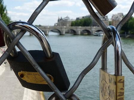 paris-pon-des-arts.artikelbild