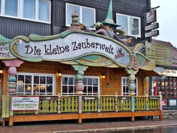 Brunnen Essen Cafe