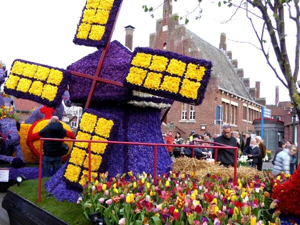 Blumenkorso Holland Bollenstreek Mühle