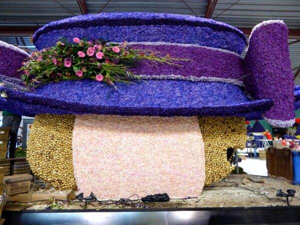 königlicher hut Blumenkorso Holland Bollenstreek