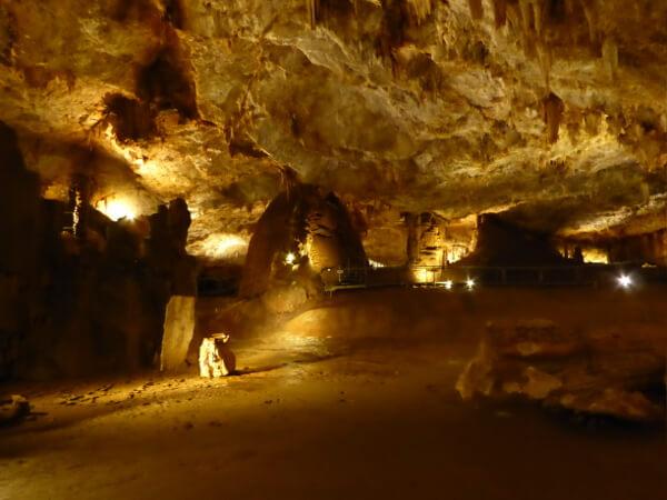 cueva de pozalagua Baskenland Bizkaia