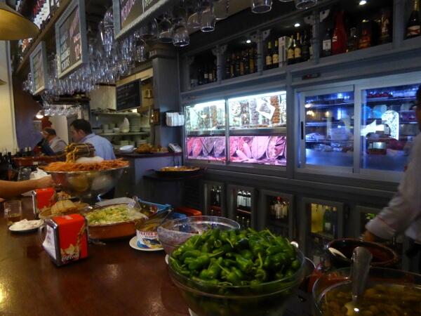 TApas Bar Sevilla Dos de Mayo