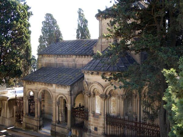 Pantheon Familia Amatller Cementiri Montjuic Barcelona