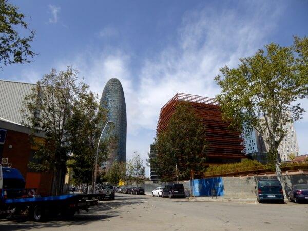 Torre Agbar Poblenou Barcelona