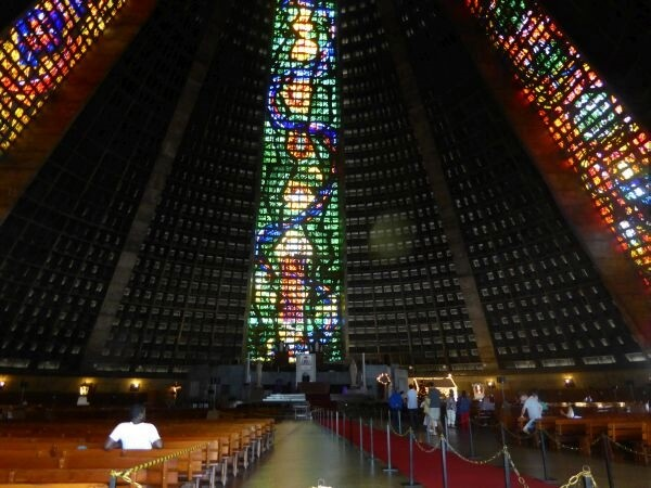 Kirche Pyramide Rio de janeiro