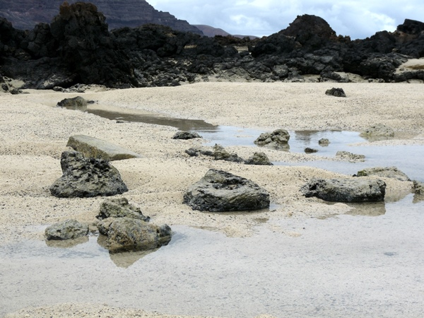 Lanzarote sand weiss und schwarz