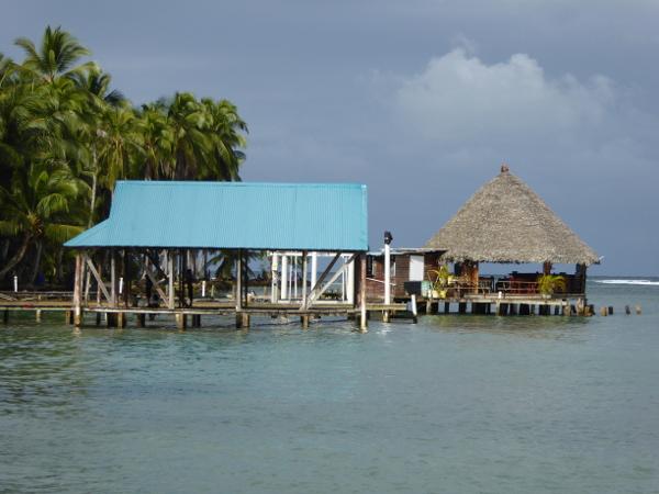 Isla Carenero Bocas del Toro steg huette