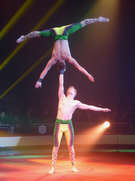 Zirkus Festival Figueres KRAFT AKROBATIK