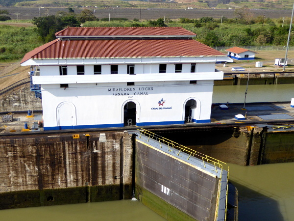 miraflores Panama City Panamakanal