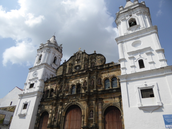 plaza catedral panama city altstadt