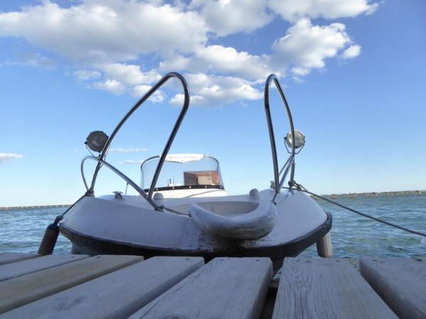 Musclarium Muscheln Ebrodelta Freibeuter reisen transfer boot