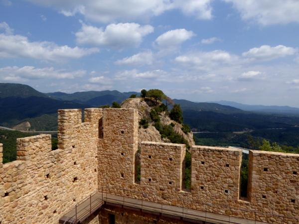 castell de farners Freibeuter reisen Burgen Route burgmauer