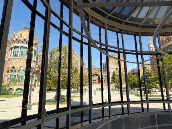 hospital-sant-pau-santa-creu-barcelona-ehemaliger-op-saal-freibeuter-reisen