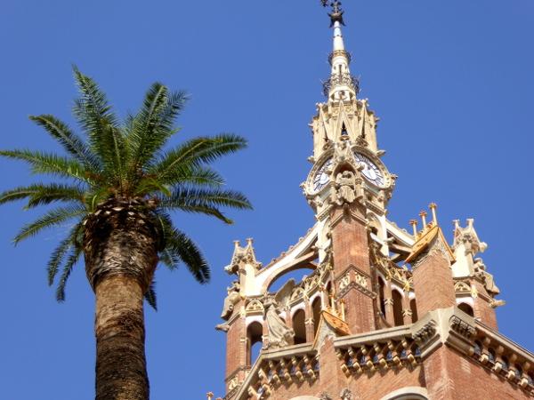 hospital-sant-pau-santa-creu-barcelona-turm-palme-freibeuter-reisen