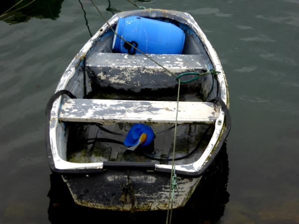 fischerboot-peniche-atadeiras-hafen-freibeuter-reisen