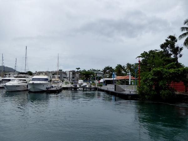 marina-tauchen-auf-martinique-freibeuter-reisen