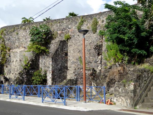 saint-pierre-nach-dem-vulkanausbruch-ruinen-freibeuter-reisen