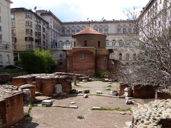 sofia kirche sankt georg rotunda freibeuter reisen