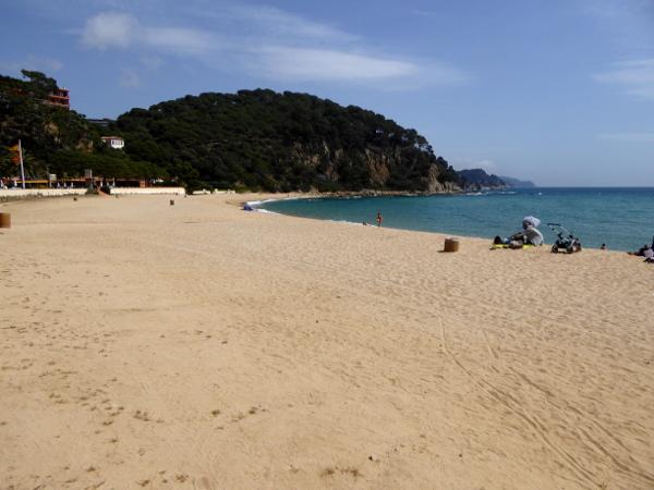 Santa Cristina Bucht Strand Lloret de Mar freibeuter reisen costa brava