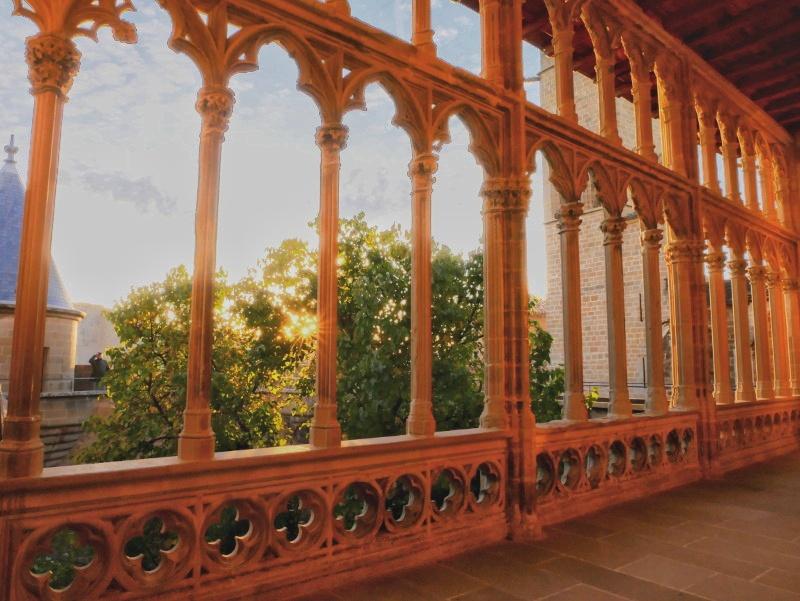 Olite balkon navarra spanien