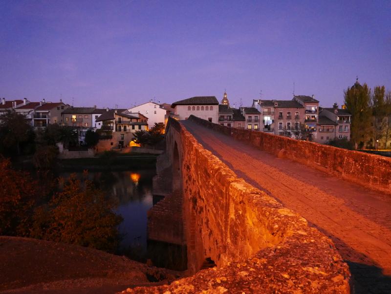 Puente de la reina Spanien Navarra