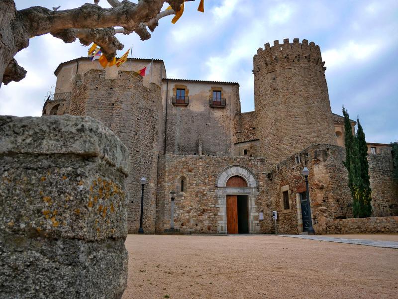 Monestir Sant Feliu de Guixols Kloster Kirche freibeuter reisen
