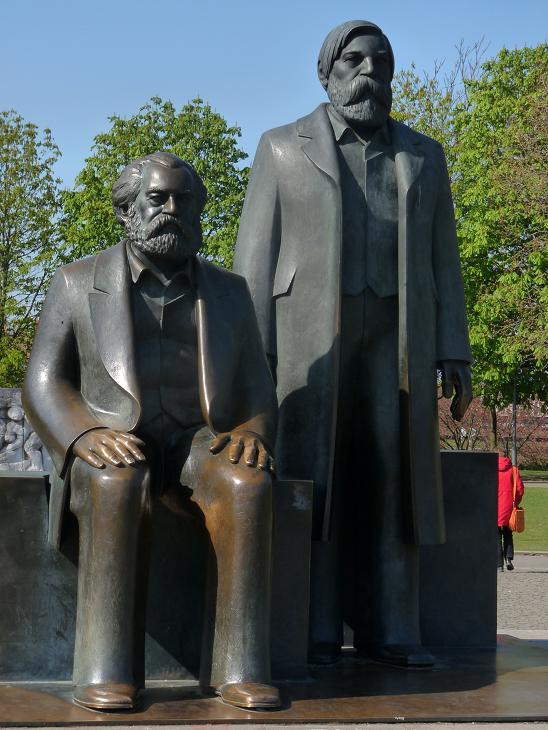 Berlin Marx und Engels