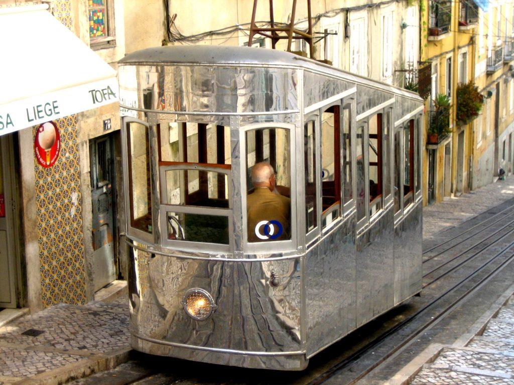 Lissabon tramvia 28