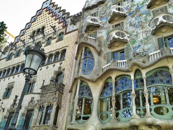 barcelona-casa-batllo-manzana-discordia