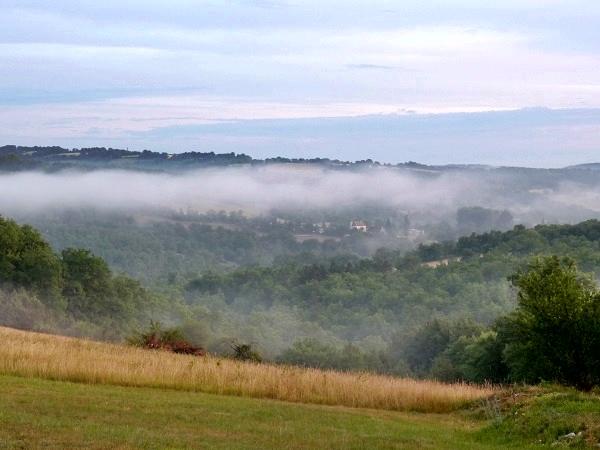 tiefhaengende Wolken Nebel