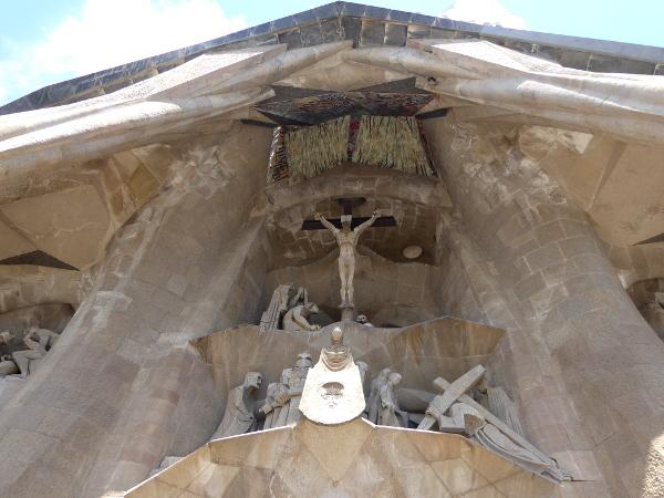 kreuzigung passion sagrada familia barcelona freibeuter reisen