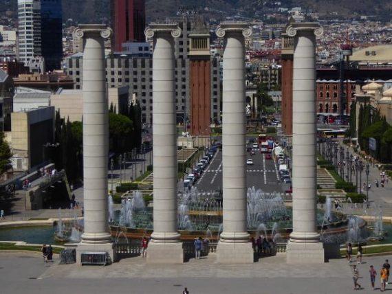 Rund um die Plaça d'Espanya 3