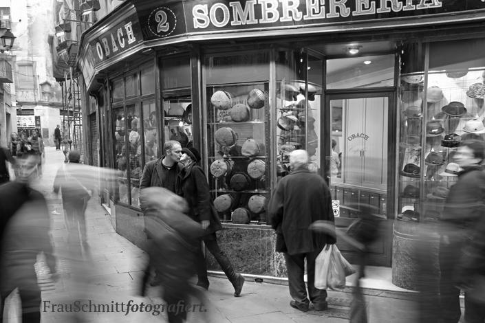 Barcelona -Frau Schmitt fotografiert