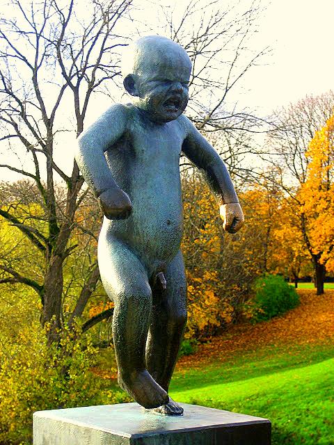 frogner park oslo gustav-vigeland angry boy
