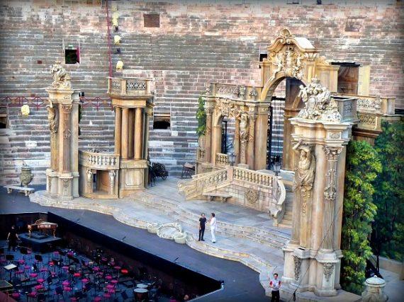 Oper in der Arena, dem Amphitheater in Verona 11