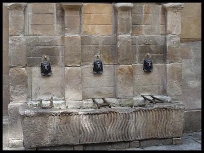 Bilbao altstadt fuente del perro