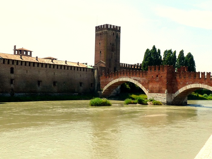 Verona Castelvecchio und Ponte Sacagliero Skaglierbrücke