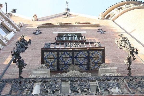 Barcelona Modernisme Casa-Punxes