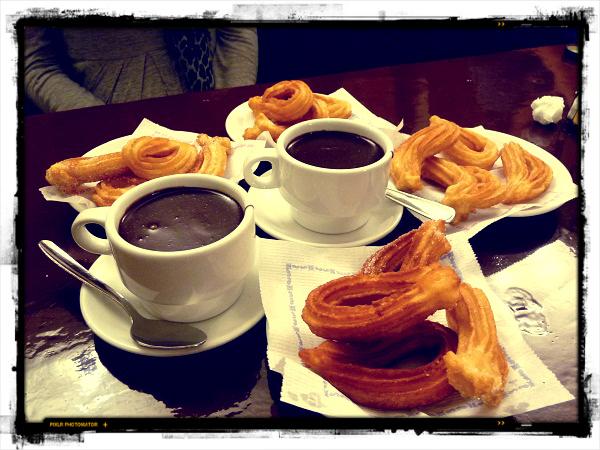 Churros con Chocolate Barcelona Spanien Rezept