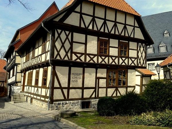 Harz-Wernigerode Schiefes Haus