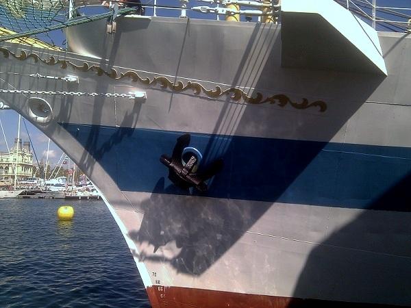 Segelschiff Anker Barcelona Hafen
