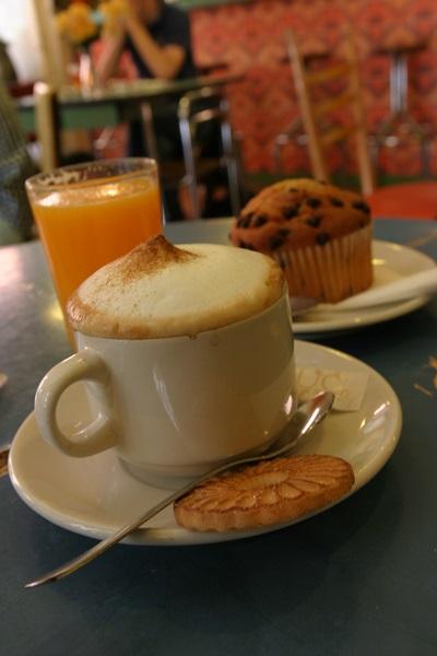 madrid vintage cafe chueca