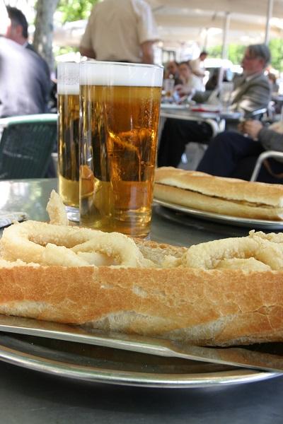 Madrid Bocadillo con Calamares