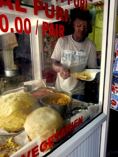 Mauritius Markt Port Louis Essen Puri Dhal