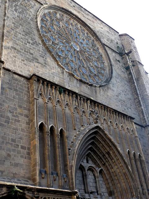 Barcelona Kirche plaza-del-pi