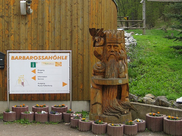 Barbarossahöhle Eingang