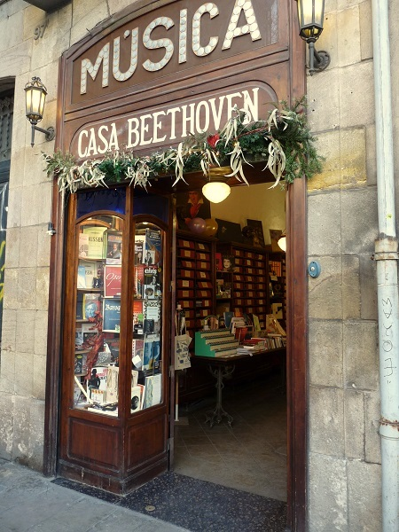 Shopping Barcelona Antike Läden casa beethoven
