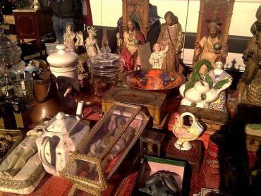 Antiquitäten- oder Flohmarkt ? 9